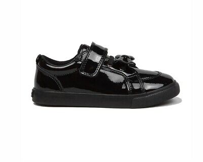 Kickers Tovni Bow Strap Patent Leather JF 115823 Girls School Shoes Black