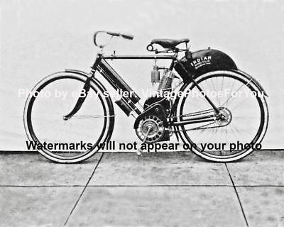 Old/Antique/Vintage First Model 1902 Indian Motorcycle/Motorbike Photo/Picture