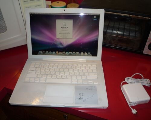 MACBOOK 13 1.8MHZ COREDUO 120GB 2MB RAM A1181 BUNDLE 1.1 CHARGER OS X 10.5  J36