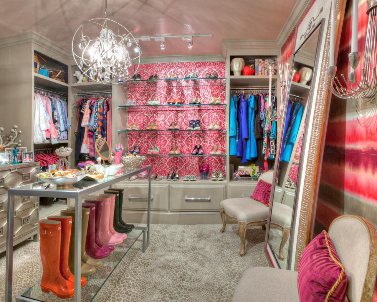 D's Closet