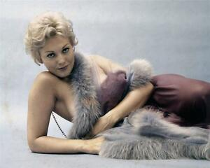 sexy-KIM-NOVAK-11x14-fur-unpublished-Photo-Embossed-by-MILTON-GREENE ...: www.ebay.com.au/itm/sexy-KIM-NOVAK-11x14-fur-unpublished-Photo...