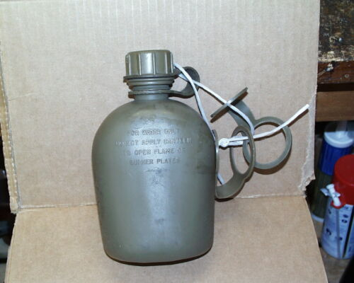 1969 DATED U.S. MILITARY VIETNAM WAR CANTEEN  WITH SPARE TOP HOLDERS
