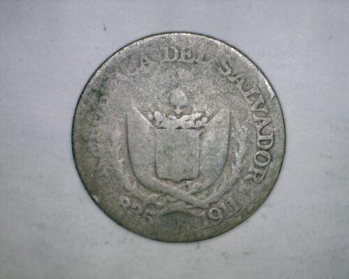 1911 5 Centavos El Salvador   Silver  (Tiny Coin)