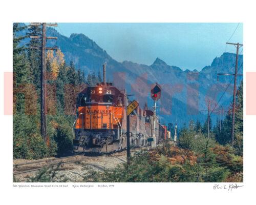 "Milwaukee Road Snoqualmie Pass fall clors 16X20"" photo print by Kooistra"