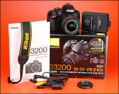 Nikon D3200 DSLR Camera + Nikon 18-55mm VR II Zoom Lens kit + Only 2,636 Shots