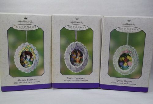 3 Hallmark Spring Easter Diorama Ornaments 2002 Peepers, Chicks & Rabbits