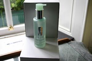 clinique-liquid-facial-soap-wash-200ml-dry-combination
