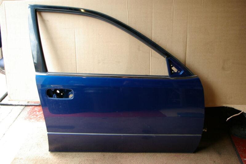 Lexus GS300 Mk2 OSF offside right front drivers door in Blue 8M6