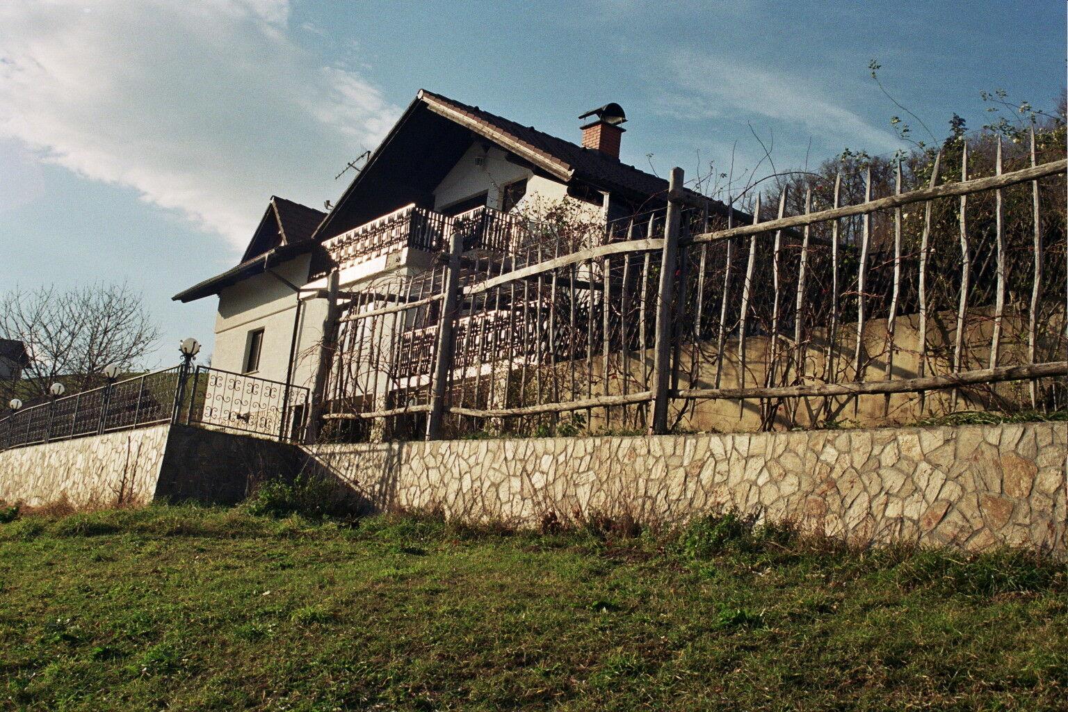 Haus mit Weingarten in Slowenien