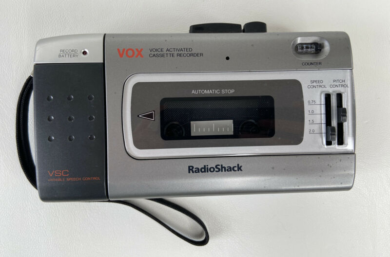 Radio Shack CTR-118 VOX Portable Cassette Recorder Variable Speech- WORKING
