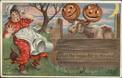Halloween Cow Scares Farmer Woman JOLs on Horns Bien Julius c1910 - Farmer Halloween