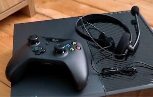 XBOX One w/ 2 controllers, headset and games!