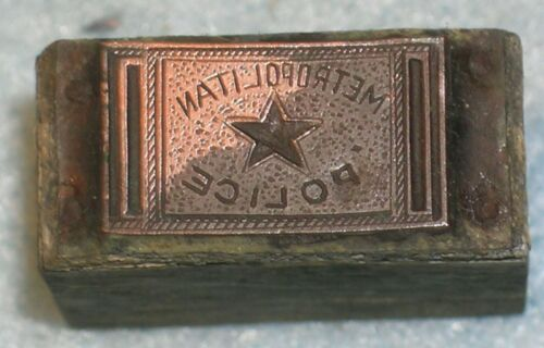 Antique METROPOLITAN POLICE BELT BUCKLE #1 Printing Block from MC Lilley Catalog