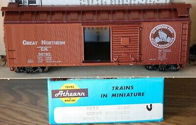 Great Northern  #5233 40FT Wood Boxcar kit HO  Great Northern Boxcar