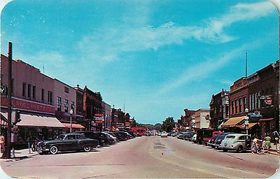 A View Of State Street  Looking North  40S Autos  Belvidere Il