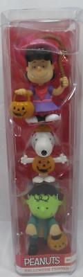 2016 Peanuts Halloween Trick or Treat Figures Lucy Snoopy Charlie Brown 2-3