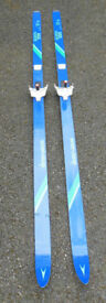Cross Country Skis: Åsnes Skarven Tour QS and lightweight Poles