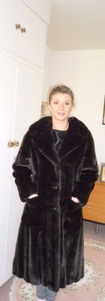 Special Wildlife Collection ASTRAKA fur fabric by Tissavel coat.