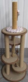 LARGE STRONG LUXURY CAT PLAY STAND SCRATHING POSTS MULTIPLE TOY BED DURABLE RRP£90