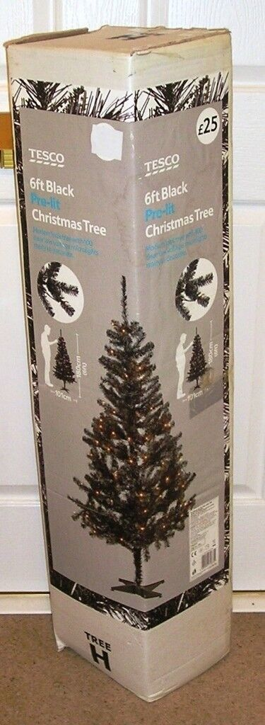 new concept b3670 48ed4 Tesco 6ft Black Pre-lit Modern Look Christmas Tree 100 clear LV microlights  VGC | in Bedford, Bedfordshire | Gumtree