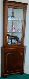 Modern wood corner display cabinet