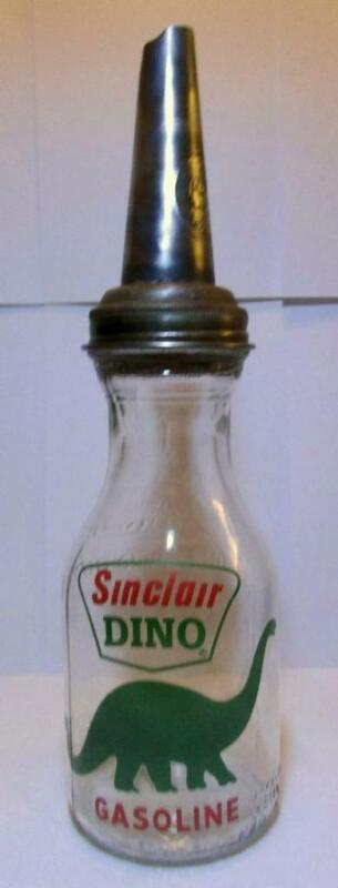 A Very Nice Dino Sinclair Oil Bottle Master Spout