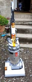 DYSON UPRIGHT VACUUM CLEANER HOOVER