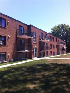 4 -  454 CARLTON Street St. Catharines, Ontario