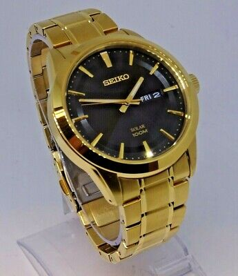 SEIKO SOLAR MENS BLACK DIAL DAY DATE WATCH V158-0AS0 EX-DISPLAY Ref:095594