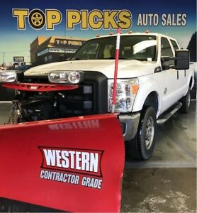 2015 Ford F-350 COMPLETE PLOW PACKAGE INCLUDED, ONLY 2 YEARS OLD