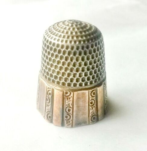 Antique Paneled Pattern Sterling Silver Thimble with Gold Band Hallmarked Sewing