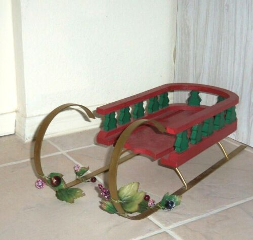 """RED WOODEN SLED 18"""" X  6-1/2"""" DOLL OR TEDDY OR CHRISTMAS DECORATION CENTERPIECE"""