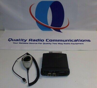 Motorola Cdm750 136-174 Mhz Vhf 40 Watt Two Way Radio W Mic Aam25kkc9aa1an