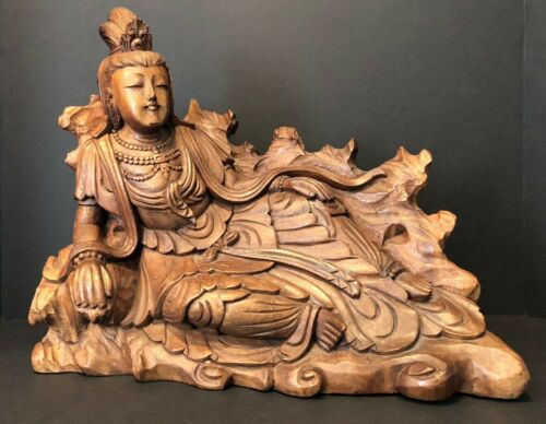 Vintage Guanyin Kwan Yin Goddess Mercy hand carved statue sculpture Bali art