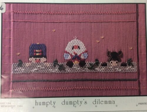 LITTLE MEMORIES SMOCKING PLATE -HUMPTEY DUMPTY