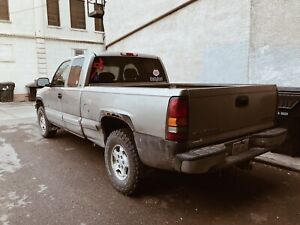2000 Chevy Silverado 1500 - Fully Loaded - 4x4