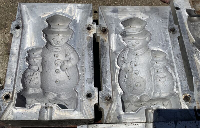 Snowman Two Sided Christmas Blow Mold For Plastic Molds