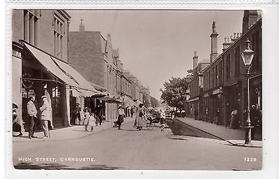 HIGH STREET, CARNOUSTIE: Angus postcard (C24956)