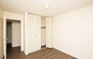 Avondale - 10012 - 107 Ave *Premium Suite*