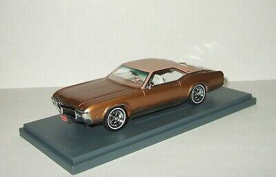 1:43 Neo Buick Riviera GS Gold Metallic 1969 NEO44425 RARE