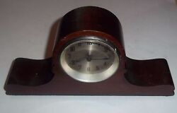 New Haven Clock Co, Small wind up Table/Desk Clock