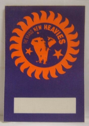 THE BRAND NEW HEAVIES - ORIGINAL CONCERT TOUR CLOTH BACKSTAGE PASS *LAST ONE*