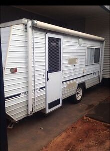 Jayco travelite 1991 15ft pop top full annex. Price firm 7k Bakers Hill Northam Area Preview