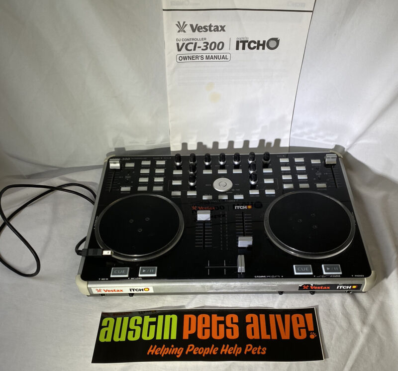 Vestax VCI-300 Dedicated USB MIDI DJ SERRATO Controller. Tested, Works Great