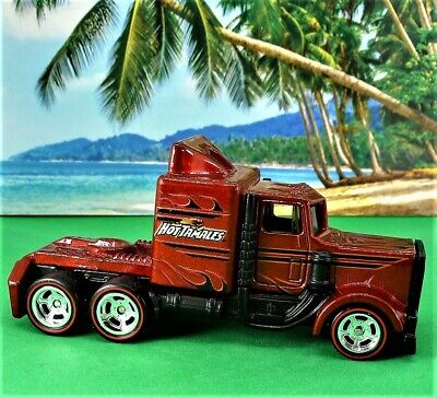 HOT WHEELS HOT TAMALES LONG GONE 2013 POP CULTURE JUST BORN SERIES FAST S&H 1/64