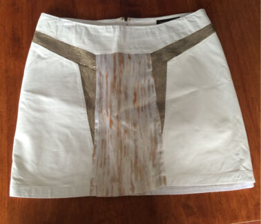 White suede leather skirt white size 10 Warragul Baw Baw Area Preview
