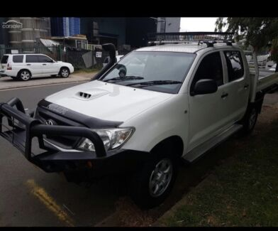 Wanted: 2006 Toyota hilux 4wd diesel turbo New engine!