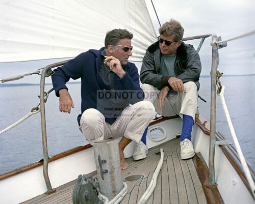 PRESIDENT JOHN F. KENNEDY SAILS WITH ACTOR PETER LAWFORD - 8X10 PHOTO (ZZ-058)