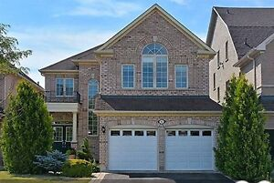 Gorgeous 4 Bedroom house in Richmond Hill