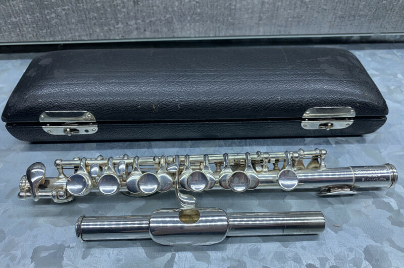 Vintage GEMEINHARDT - C - PICCOLO  Hard Case Cleaning Rod Serial Number 8191